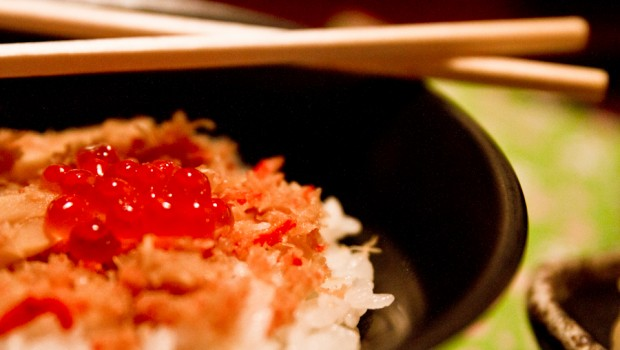 Hokkaido specialty salmon roe (with tuna) over rice