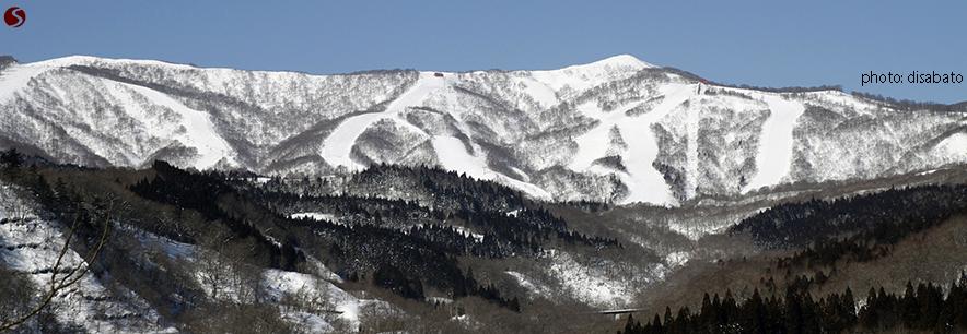 Geto Kogen-Iwate-Japan-Skiing-Snowboarding-Feature-JSTT_on-piste_trails